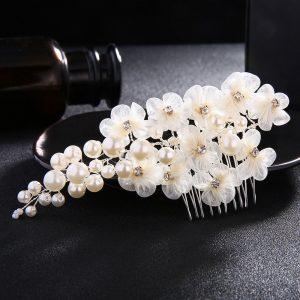 Piaptane de par argintiu cu perle si flori - EVA's